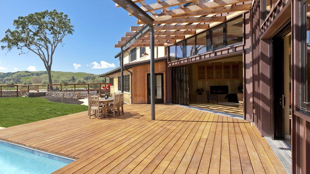 eksklusivt h rdttr til terrasser ip cumaru bangkirai jatoba massaranduba fava garapa. Black Bedroom Furniture Sets. Home Design Ideas